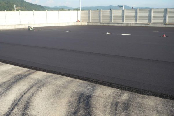 Asfaltatura parcheggio - Lerta - Impresa edile di costruzioni civili e residenziali